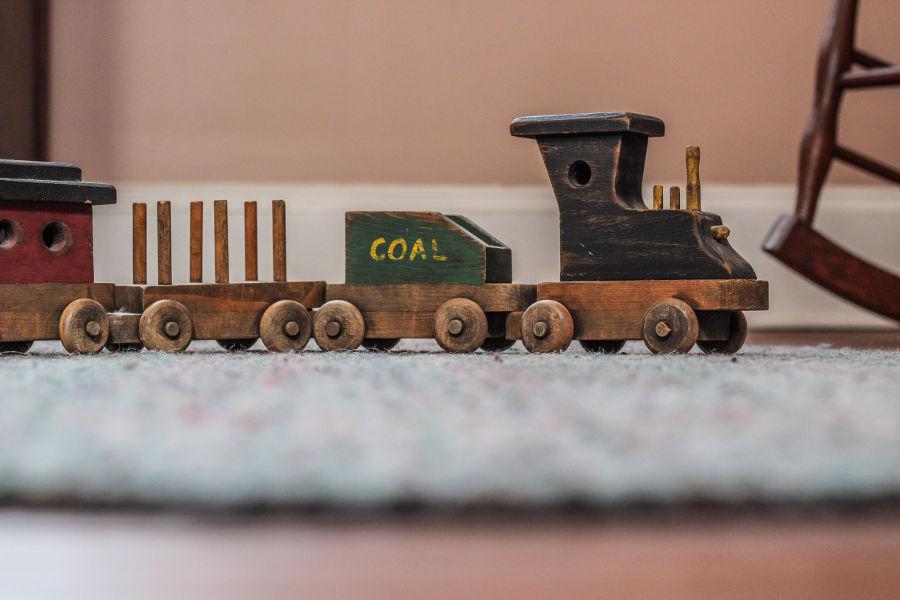 Zabawki z drewna dla dzieci